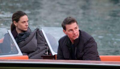 بالصور .. توم كروز يستكمل المهمة المستحيلة بقارب في إيطاليا